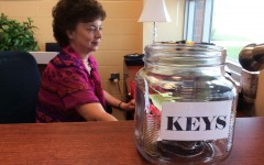 Mrs. Rice receives keys from staff before retirement: Photo of the day 6/16/2015