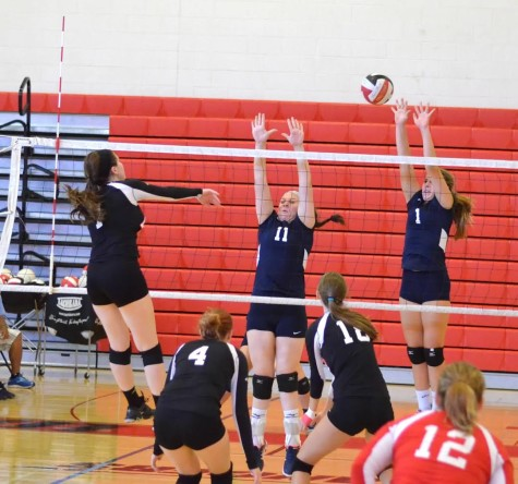 Varsity volleyball dominates invitational tournament: Photo of the Day 9/23/15