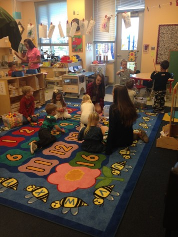 Child Development class teaches the Little Lancers about art : Photo of the Day 10/9/2015
