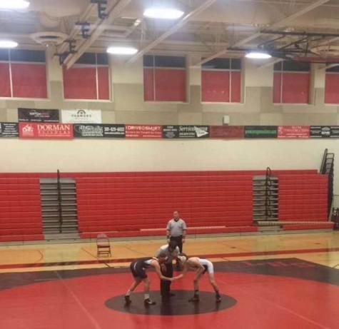 Linganore vs Urbana wrestling match Photo of The Day: 12/9/15
