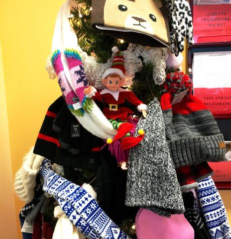 12/18/2015: Where is Newsie the Elf Hiding? Your chance to win gift cards this holiday season