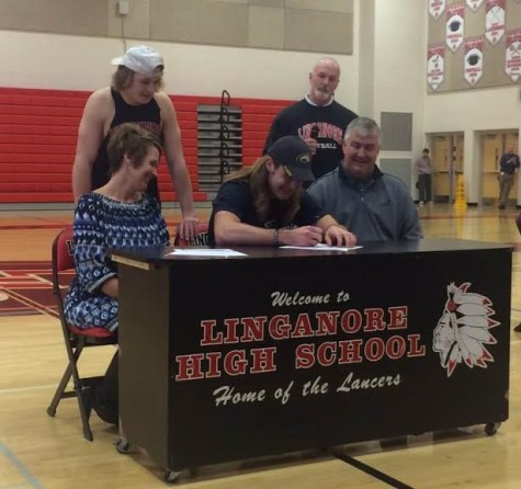 Wade Stieren officially signs to Clarion University football