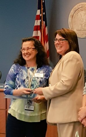 York wins FCPS 2016 Outstanding High School Special Education Instructional Assistant