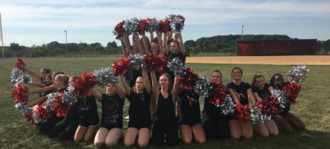Pom and Dance team prepares for upcoming performance: Photo of the day 9/22/16