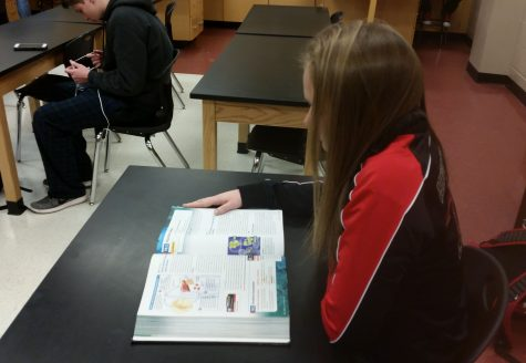 Biology students prepare for HSA: Photo of the Day 1/11/17