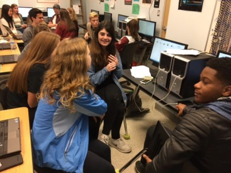 Journalists 'fall in love' with new class: Photo of the Day 1/24/17