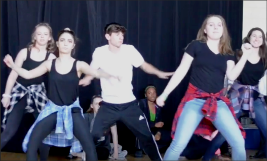 Jessica Steed, Marlie Steig, Lexi Watson, Alyssa Yammarino, and Uriah Roman dancing to