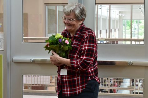 Pat Carson, beloved educator at LHS, wins FCPS Substitute of the Year