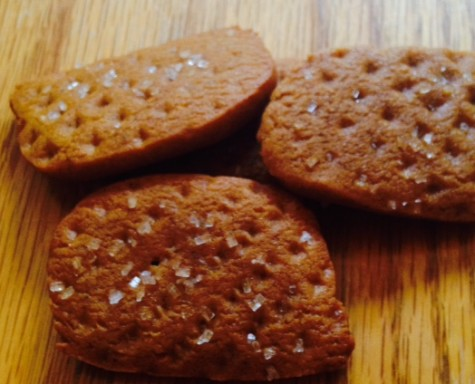 Lancer Media Kitchen: Old Fashioned Molasses Cookies