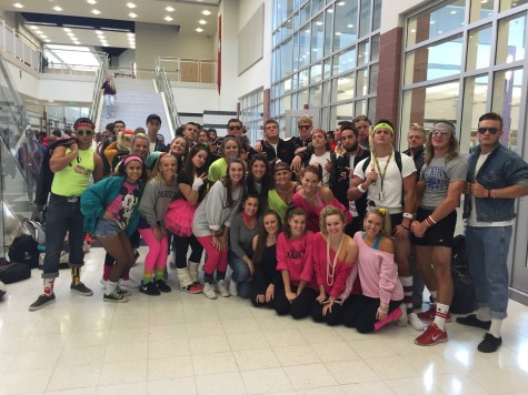 """Back to the Future"" theme celebrated on Tuesday spirit day: Photo of the Day 10/13/15"