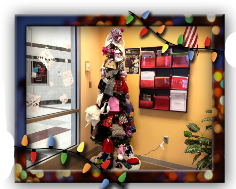 """Warming the Lancer Spirit"" giving tree: Photo of The Day 12/1/2015"
