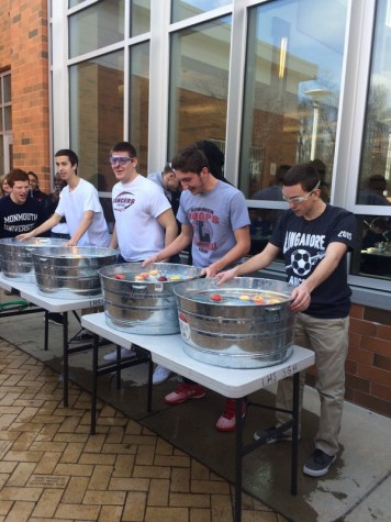 Lancer Media YouTube: Mr. Linganore 2016 contestants participate in lunchtime competitions