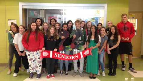 Class of 2016: National Art Honors Society sculpts their future with 22 days left