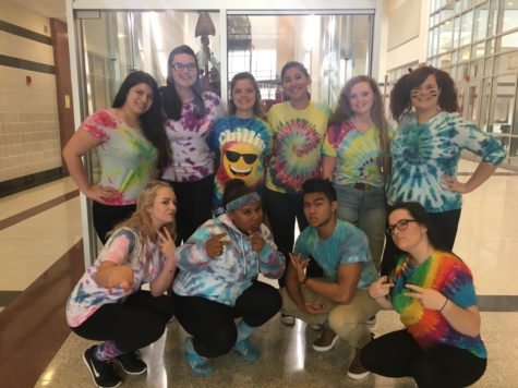 Class color day is primary for Homecoming week: Photo of the Day 10/6/16