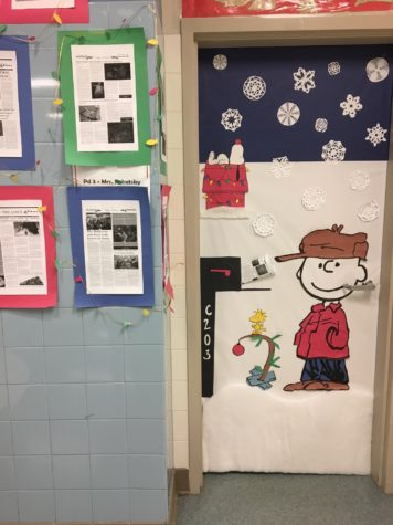 Door Decorating 2016: What is the people's choice?