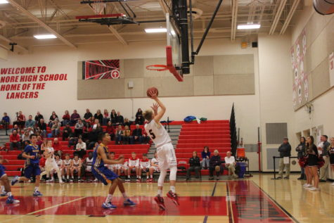 JV boys basketball defeats Walkersville: Photo of the Day 12/14/16