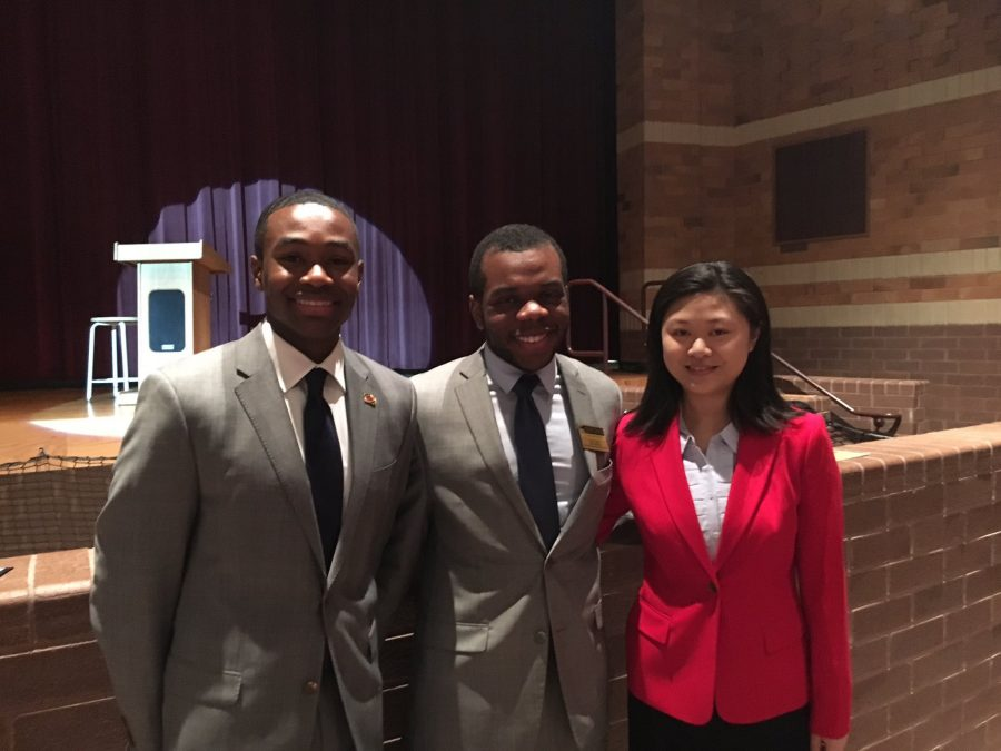 Current state SMOB, David Edimo (middle), poses with the two nominees, Maggie Chen (right) and Kyle Smith (left)