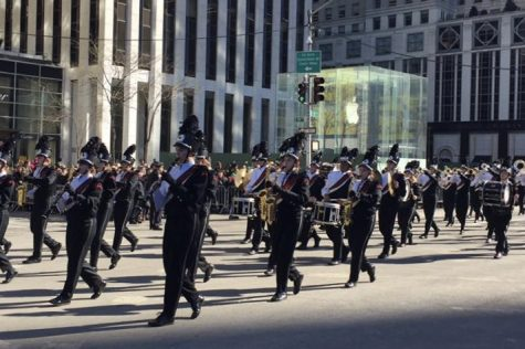 It Happened on 5th Avenue – Marching band takes trip to NYC: Photo of the Day 3/21/2017