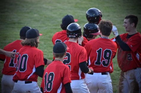 Varsity Baseball keeps their eyes on States