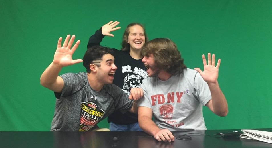 Devin Beck, Spencer Young, and Valerie Coblentz countdown to five days of school for the Class of 2017