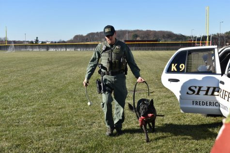 Rango the K9 police dog visits pre-vet class