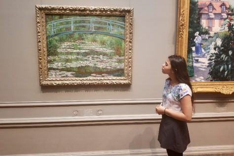 Art students visit National Gallery in D.C.: Photo of the Day 11/30/17