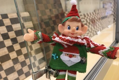 12/4/17: Where did Elfie take the Selfie?