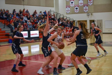 Girls basketball bounces back from first half of season