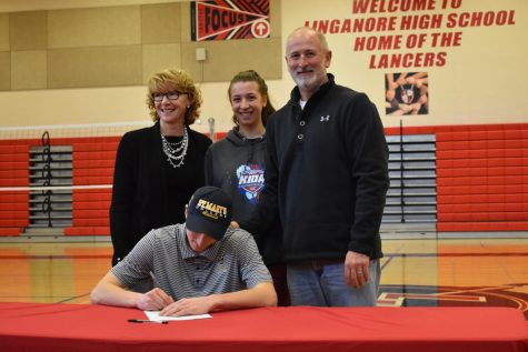 February Signing Day: Watsic signs to become a dual-sport Seahawk