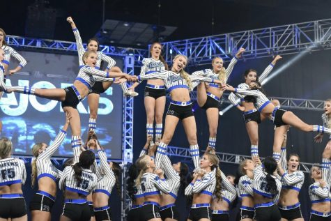 Sheehy, Toccalino & Tansey prepare with Twisters for cheer World Championship