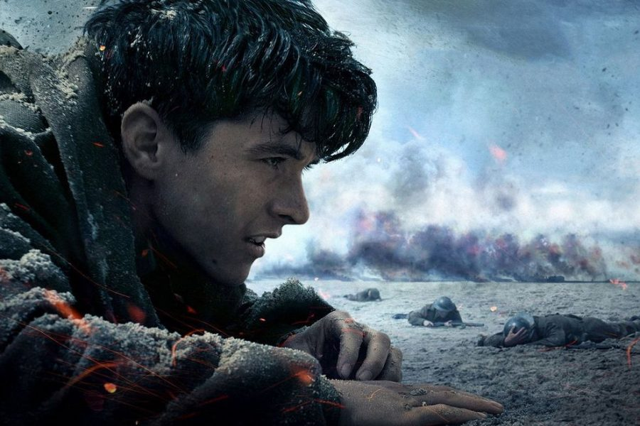 Fionn+Whitehead+in+action+as+Tommy+in+Dunkirk
