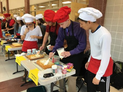 Mr. Linganore 2018: Contestants decorate character cakes