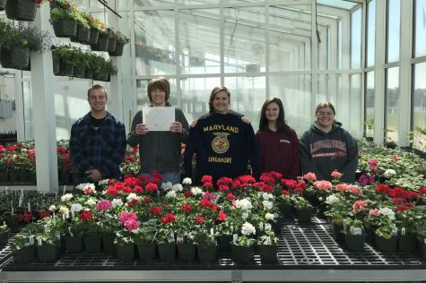 Senior Countdown 2018: With just 22 days remaining, FFA seniors have blooming futures.