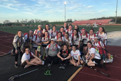 Varsity girls lacrosse takes home a win for senior night: Photo of the Day 4/26/18