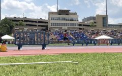 Holsinger, Gallagher, and Davies win big at state track meet: Photo of the day 5/25/18