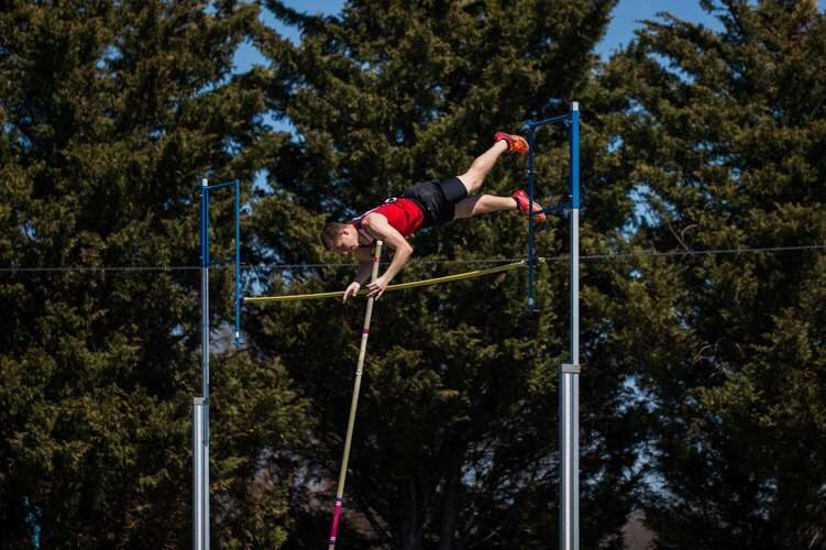 Carter+Holsinger+competes+at+pole+vault+for+Linganore