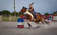 #LanceroftheWeek: Barrel racing champion Jackey Hinkson aims for 14 seconds