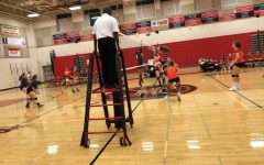 Linganore v. Middletown Varisty volleyball battles for a win; Photo of the day 10/12/18