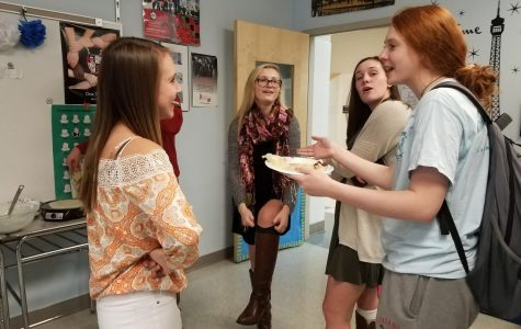 Crêpes bring students together during French Week