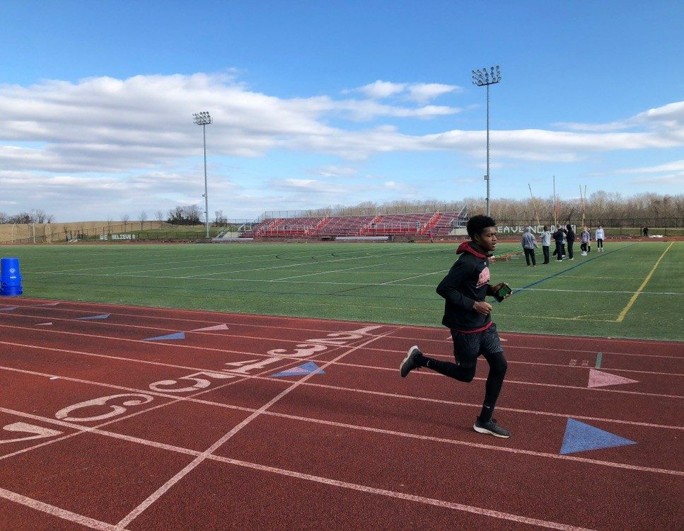 Senior Allejah Seraton performs his workout.