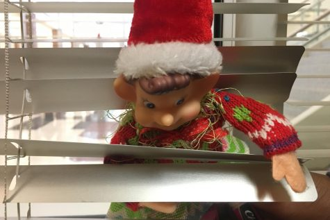 12/5/18: Where did Elfie take the selfie?