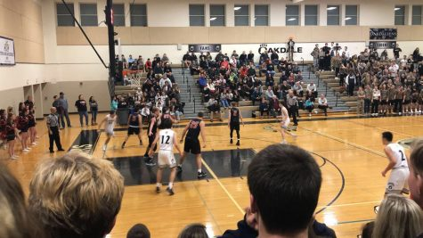 Varsity boys basketball loses to Oakdale Bears
