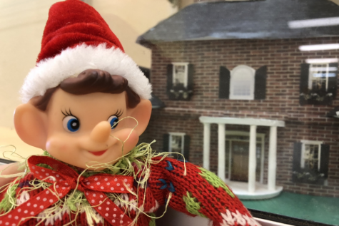 12/21/18: Where did Elfie take the selfie?
