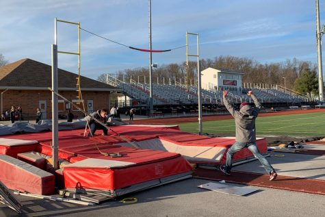 David Bly brings the pole vault team to new heights