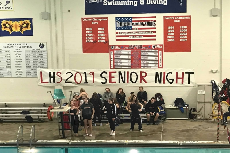 Swimming and Diving team prepare for the last dual meet, and senior night.