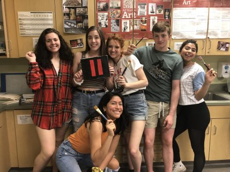 Senior Countdown 2019: Seniors in NAHS paints out only 11 more days until graduation