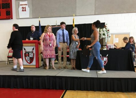 Underclassmen received academic awards.