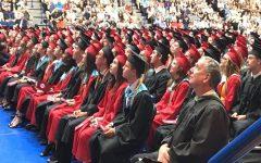 Decorating a graduation cap: Pros and Cons