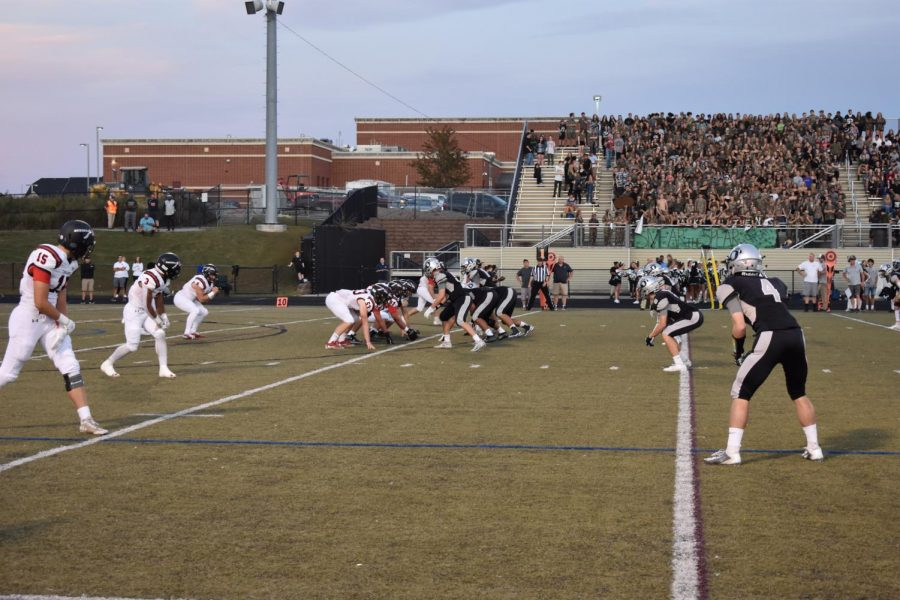 The+Lancers+offense+lines+up+for+their+first+possession+of+the+game+against+the+Bears.