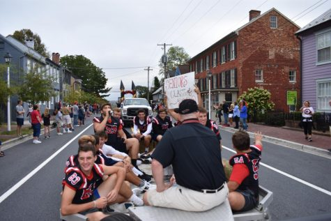 Bigger and better: Short homecoming parade needs improvement
